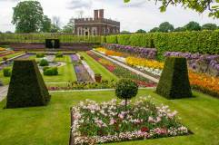 Hampton-Court-Palace-IMGP1195
